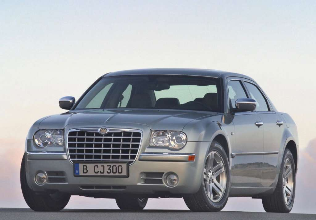 Chrysler 300C/Lancia Thema (2005)